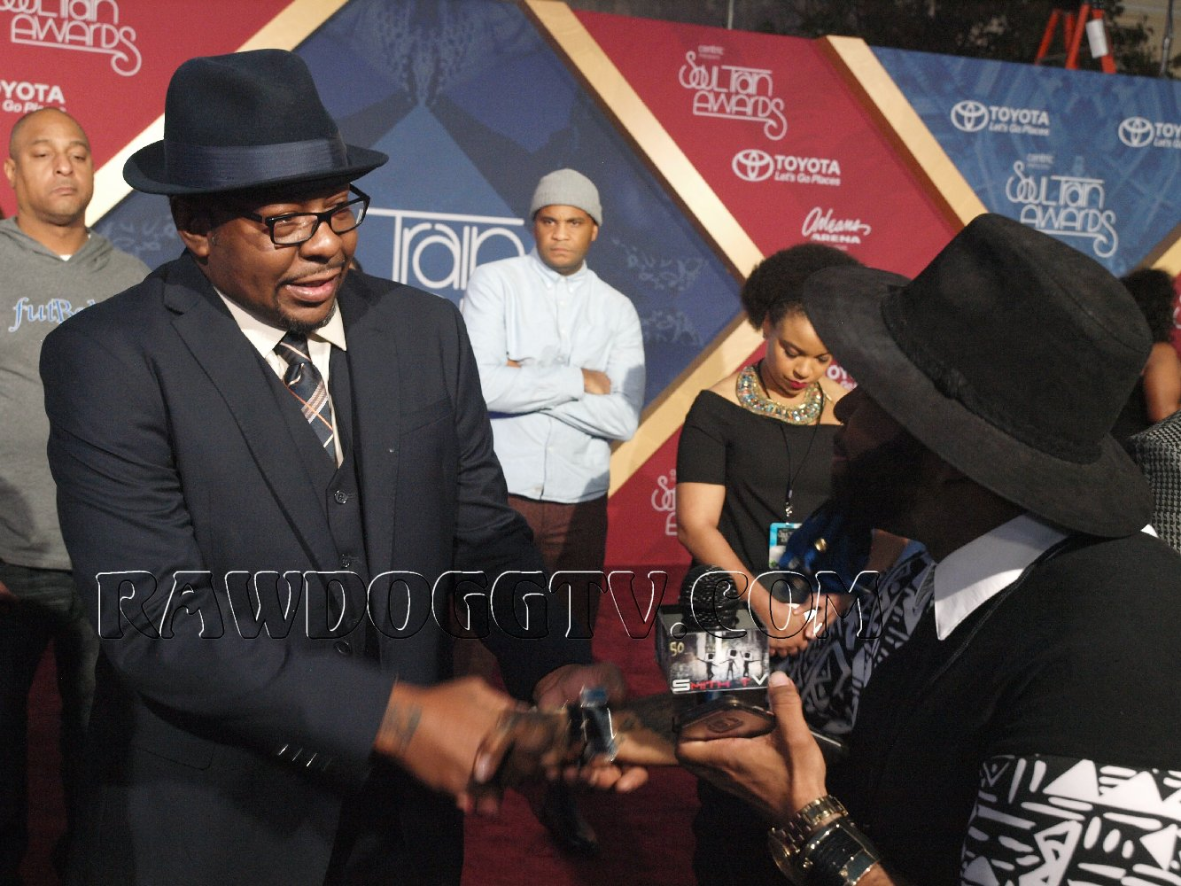 soul-train-music-awards-2016-photos-air-date-nov-27th-bet-centric-pr-mobilewire-305-490-2182-17