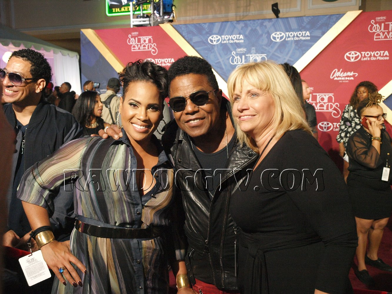 soul-train-music-awards-2016-photos-air-date-nov-27th-bet-centric-pr-mobilewire-305-490-2182-21
