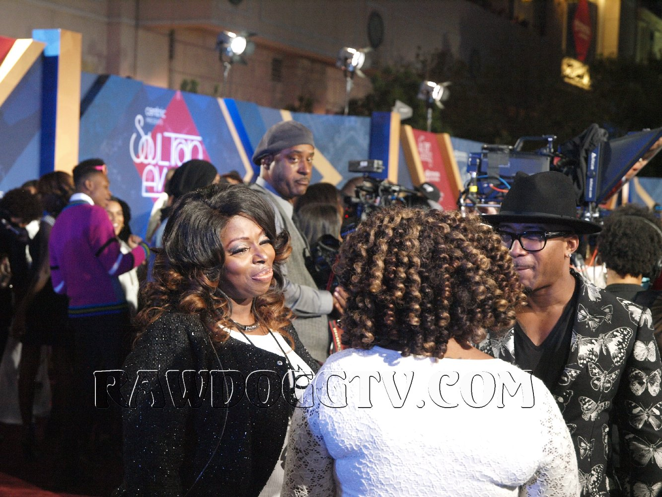 soul-train-music-awards-2016-photos-air-date-nov-27th-bet-centric-pr-mobilewire-305-490-2182-24